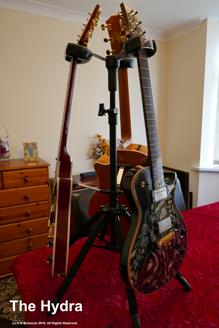 d a hydra guitar stand review 37000 guitars. Black Bedroom Furniture Sets. Home Design Ideas